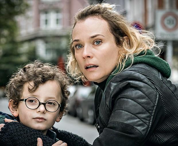 Em pedaços - É ação, é drama,  é um tapa na cara da intolerância.  E é Diane Krueger em performance que lhe rendeu a Palma de Ouro  em Cannes. Estreia 8/2 (Foto: Divulgação)