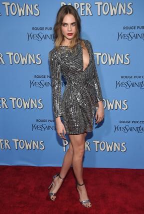 Cara Delevingne em première de filme em Nova York, nos Estados Unidos (Foto: Dimitrios Kambouris/ Getty Images/ AFP)