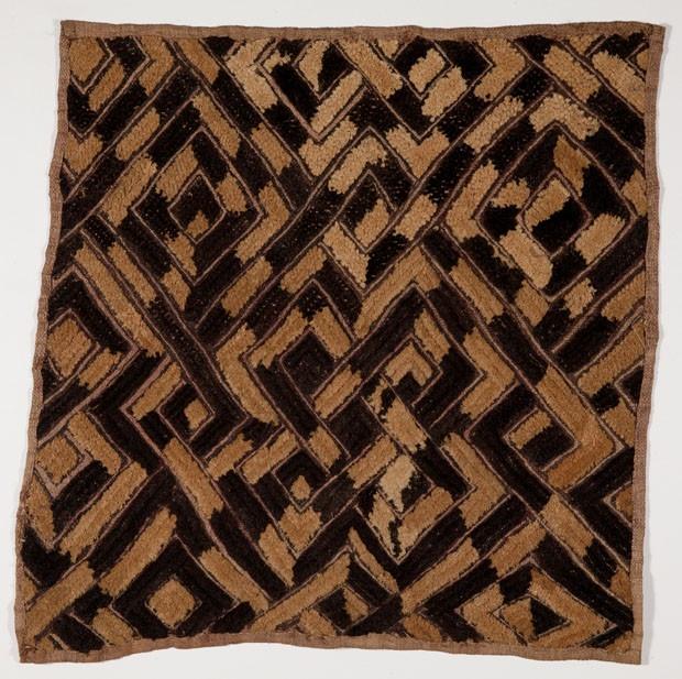 Tecidos da nobreza africana em exposição