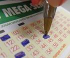 Mega-Sena pode pagar hoje R$ 105 milhões (Paola Fajonni/G1)