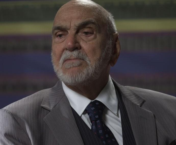 Qual será a resposta de Dom Peppino? (Foto: TV Globo)