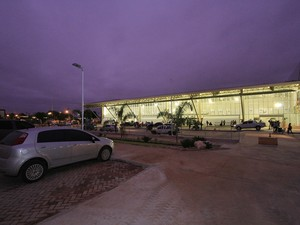 Área de estacionamento do aeroporto Marechal Rondon foi ampliada. (Foto: Edson Rodrigues / Secopa)