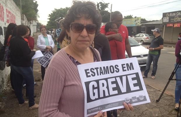 Iguileza Miranda reclama de falta de valorização para os professores, em Goiás (Foto: Fernanda Borges/G1)