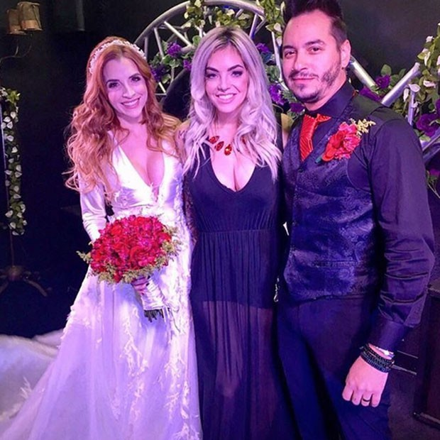 Ex-BBB Clara Aguilar, Mayra Dias Gomes e o produtor musical Giu Daga em Las Vegas, nos Estados Unidos (Foto: Instagram/ Reprodução)