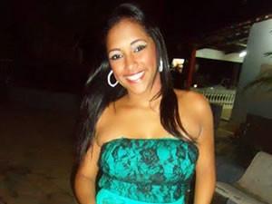Jovem foi encontrada morta nua em estádio de Cuiabá (Foto: Arquivo Pessoal)