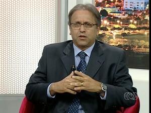 Candidato ao governo do Tocantins, Marcelo Miranda concede entrevista ao JA 2 nesta terça-feira (19) (Foto: Reprodução/TV Anhanguera)
