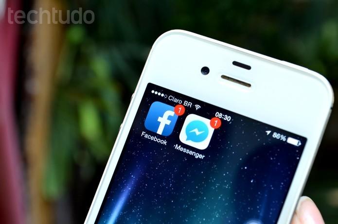 Facebook para iOS agora oferece a opção de publicar uma atualização offline (Foto: Luciana Maline/TechTudo)
