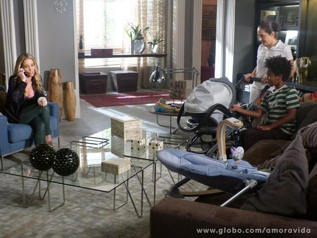Amarilys marca visita sem Niko saber (Foto: Amor à Vida/ TV Globo)