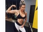 Tatiele Polyana exibe barriga sarada em dia de treino na academia