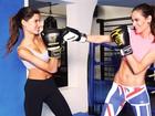 Izabel Goulart apresenta as aulas de kickboxing para Raica Oliveira