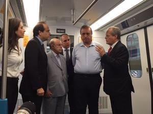 Governador Pezão participou de apresentação de trem (Foto: Mariucha Machado/G1)