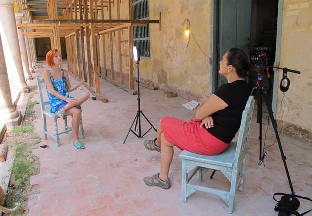 Adriana, da Vitria: cooperativa que trabalha com vitrais no convento de Santa Clara vai virar hotel (Foto: The Girls on the Road)