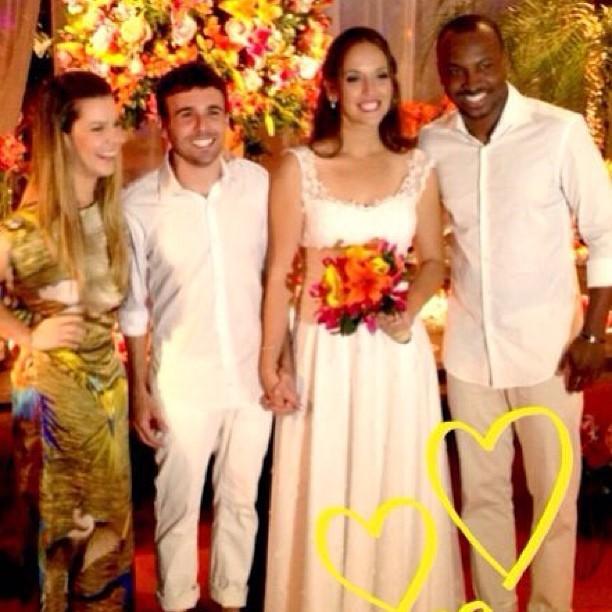 Fernanda Souza e Thiaguinho são padrinhos de casamento (Foto: reprodução do Instagram)