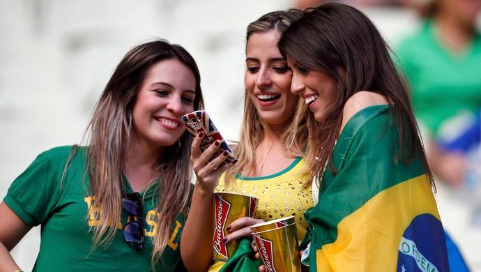 gatas Brasil x México (Foto: Reuters)