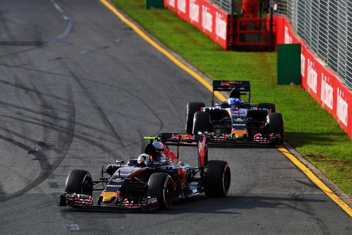 Carlos Sainz Jr. e Max Verstappen GP da Austrália STR 2016 (Foto: Getty Images)