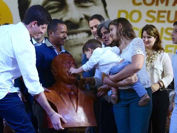 Ato suprapartidário em homenagem aos 50 anos de nascimento do ex-governador Eduardo Campos (Foto: Wagner Ramos/Sei)