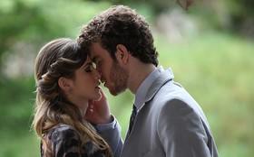 Persistente! No clima da celebração tripla, Sidney volta a pedir Sofia em casamento