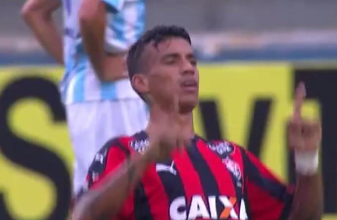Vander gol Macaé x Vitória (Foto: Reprodução)