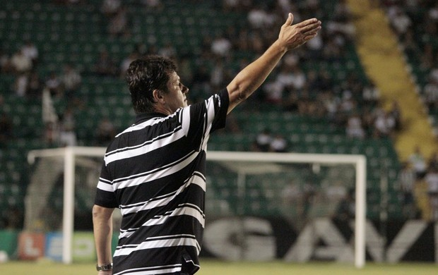 Adilson Batista, técnico do Figueirense (Foto: Luiz Henrique, divulgação/Figueirense FC))