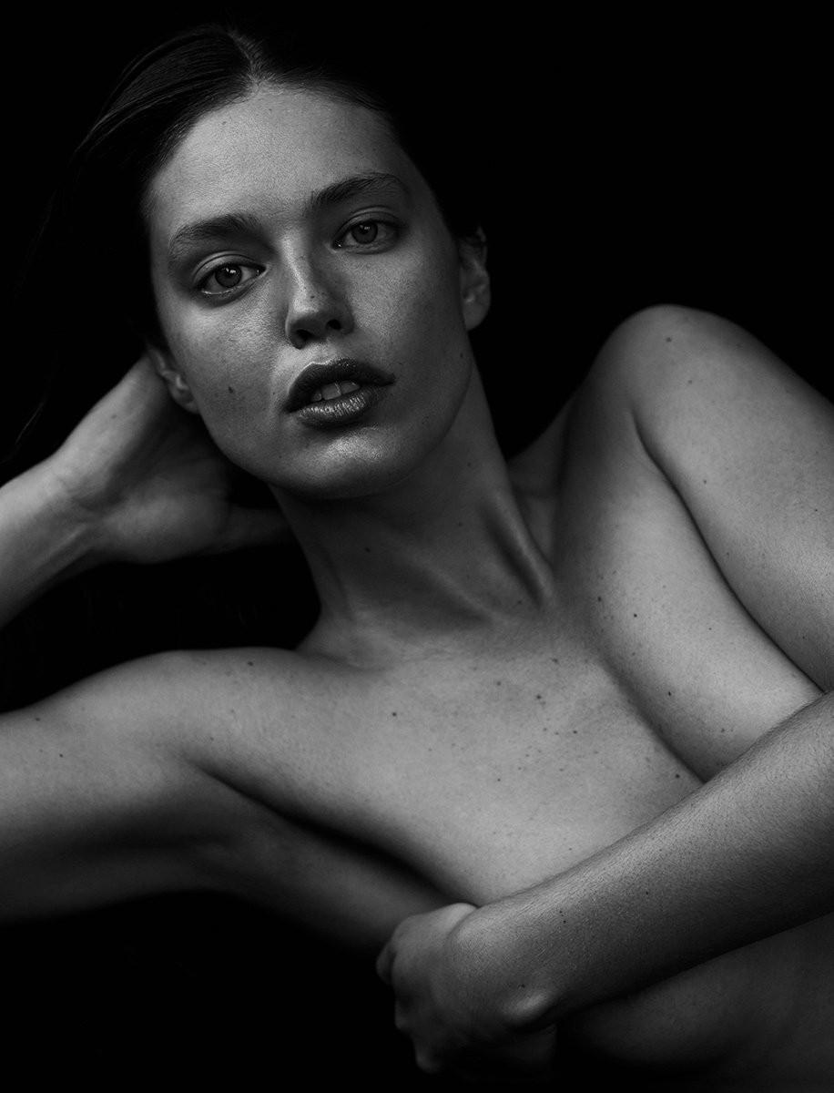 Emily DiDonato mostra sua porção mais sexy em ensaio  (Foto: Divulgação)