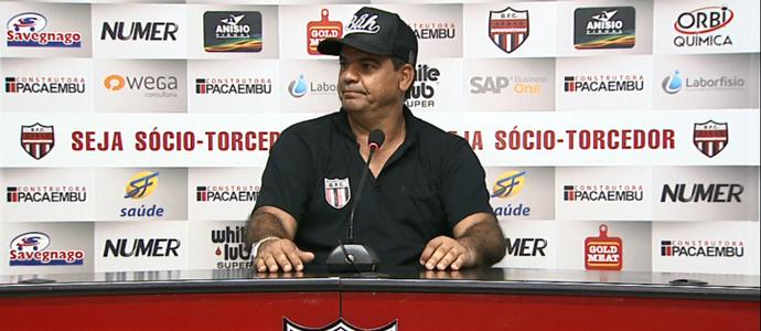 Moacir Júnior técnico Botafogo-SP (Foto: Reprodução EPTV)