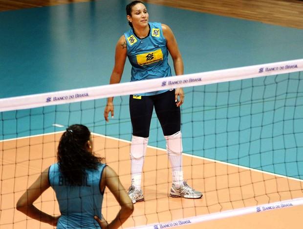 Tandara treino vôlei Seleção (Foto: Divulgação / CBV)