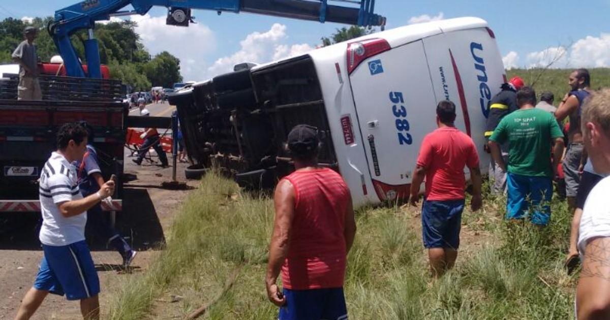 'Laudo muda investigações', diz delegado sobre acidente com ônibus - Globo.com