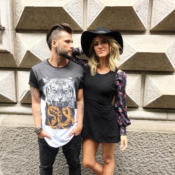 Giovanna Ewbank e Bruno Gagliasso em Milão (Foto: Glamour)