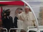 Papa Francisco fala sobre refugiados em visita a Uganda