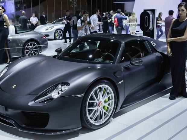 Modelo 918 Spyder é um dos destaques da Porsche no Salão do Automóvel de São Paulo (Foto: Caio Kenji/G1)