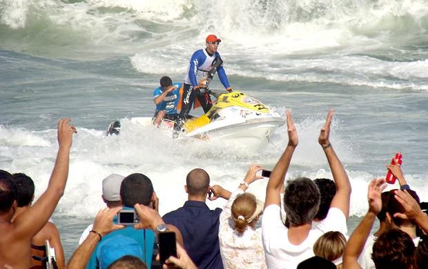 surfe Adriano de Souza Mineirinho Rio Pro barra jet sky (Foto: Gabriele Lomba / Globoesporte.com)