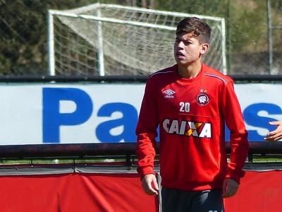 Matheus Rossetto Atlético-PR (Foto: Monique Silva)