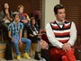 Glee: Tina bate a cabeça e enxerga seus amigos na pele uns dos outros