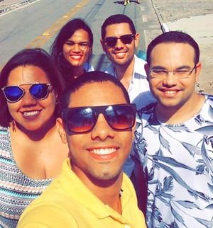 Leonardo Barreto curtiu o show com os amigos (Foto: Arquivo Pessoal)