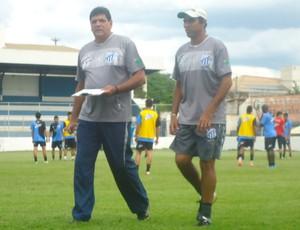 Luís Eduardo e Pael, da URT (Foto: Gullit Pacielle)
