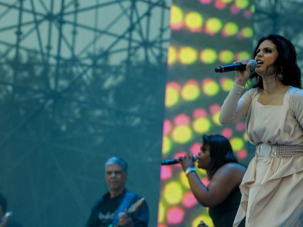 Aline Barros se apresenta no Campo de Marte, em São Paulo, no Festival Promessas (Foto: Flavio Moraes/G1)