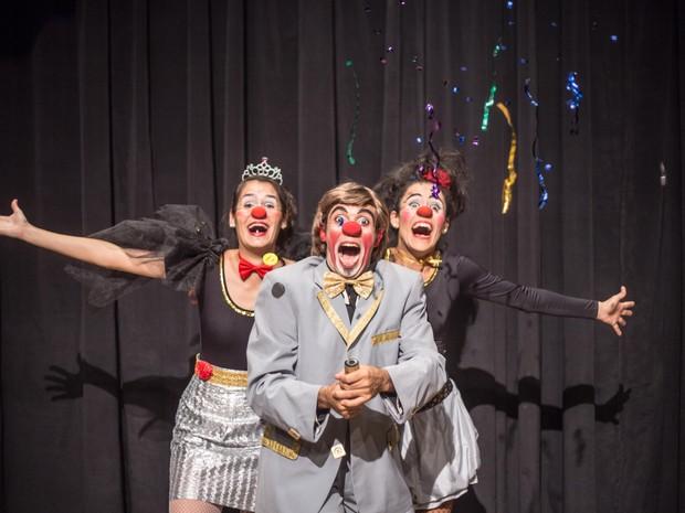 Espetáculo aborda temas tabus presentes em canções infantis (Foto: Divulgação)