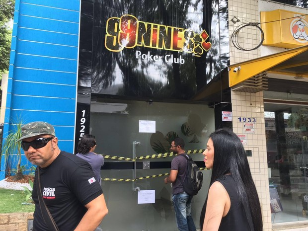 Clube de pôquer é investigado por exploração comercial do jogo com apostas indevidas (Foto: Divulgação/Polícia Civil)