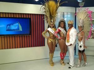 Corte do Carnaval 2015 no MGTV 1ª edição 1 (Foto: Roberta Oliveira/ G1)