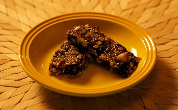 Crocante de sementes  uma barra de cereal mega nutritiva (Foto: Divulgao)