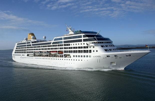 Foto sem data mostra o navio Adonia, da Carnival Corp, que será usado para viagens entre Miami e Cuba pela operadora de cruzeiros (Foto: Carnival Corporation via AP)