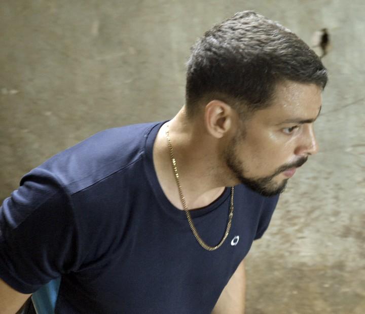 Juliano reage e leva a melhor em confronto com criminoso (Foto: TV Globo)