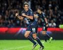 Chapéu e golaço: Diogo, ex-Santos e Palmeiras, se destaca na Tailândia