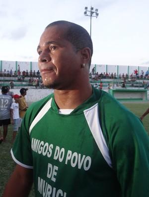 Aloísio Chulapa participou do jogo das estrelas, em Murici (Foto: Leonardo Freire/Globoesporte.com)