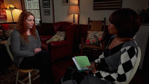 A filha de Woody Allen e Mia Farrow, Dylan Farrow, na entrevista na qual fala sobre o abuso cometido por seu pai (Foto: Divulgação)