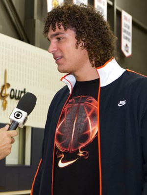 Anderson Varejão entrevista (Foto: Rodrigo Barbosa)