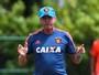 Apesar de derrota na estreia da Série A, Oswaldo segue confiante no Sport