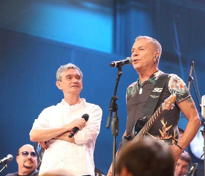Roupa Nova participa do programa Altas Horas (Foto: Carol Caminha/Gshow)