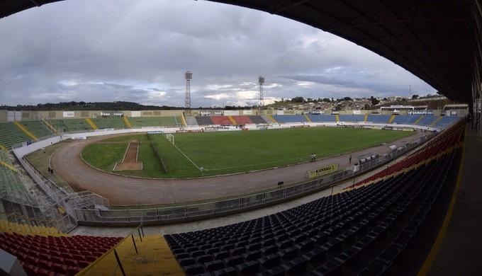 Estádio Municipal de Varginha (Foto: Douglas Magno)