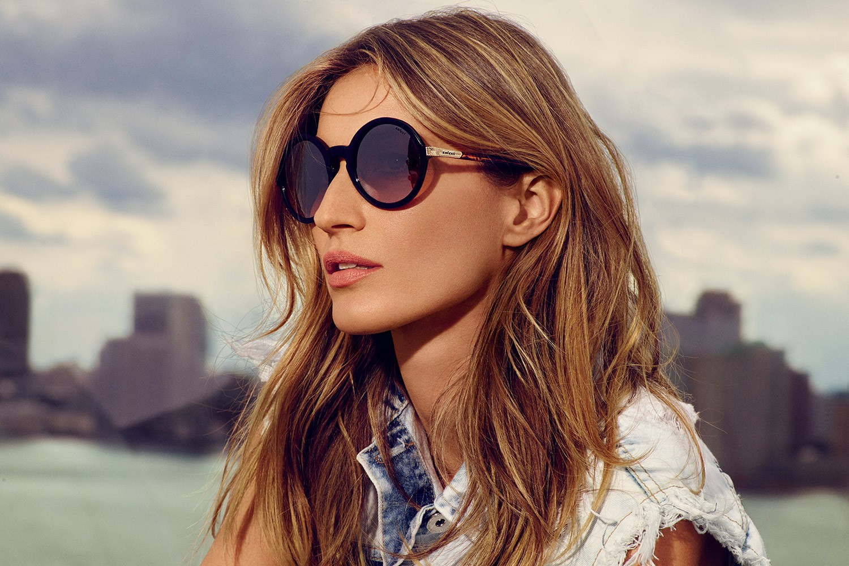 Gisele Bündchen em nova campanha da Colcci Eyewear